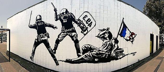 Goin's polemical mural in Grenoble, France